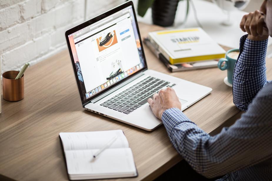 Darbas Internetu TOP 5 Idėjos Pradėti! | monetupiramide.lt, Darbo uždirbimas namuose internete